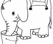 Coloring pages Elephant drinking water