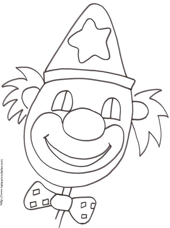 Free coloring and drawings A smiling clown face Coloring page