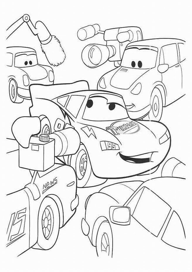 Free coloring and drawings Cars Flash Mcqueen in front of the cameras Coloring page