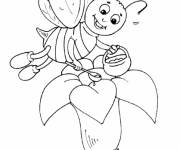 Coloring pages Bee collects honey