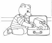 Coloring pages The bear plays in his room
