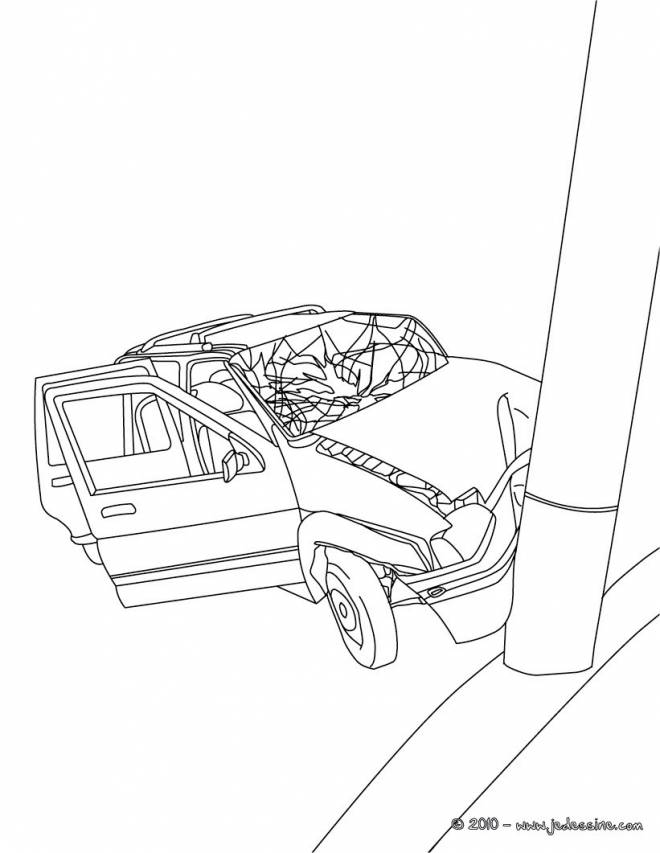 Free coloring and drawings A car accident Coloring page